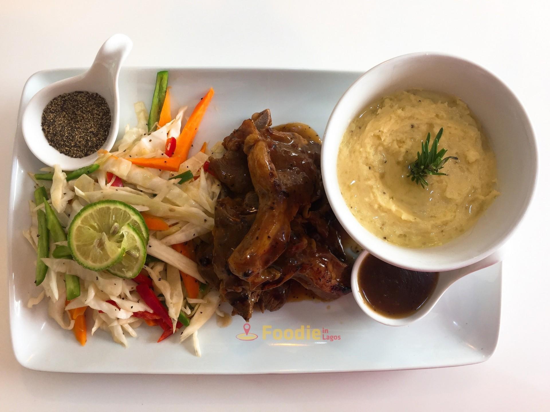 Kravings+Diner+Victoria+Island-8