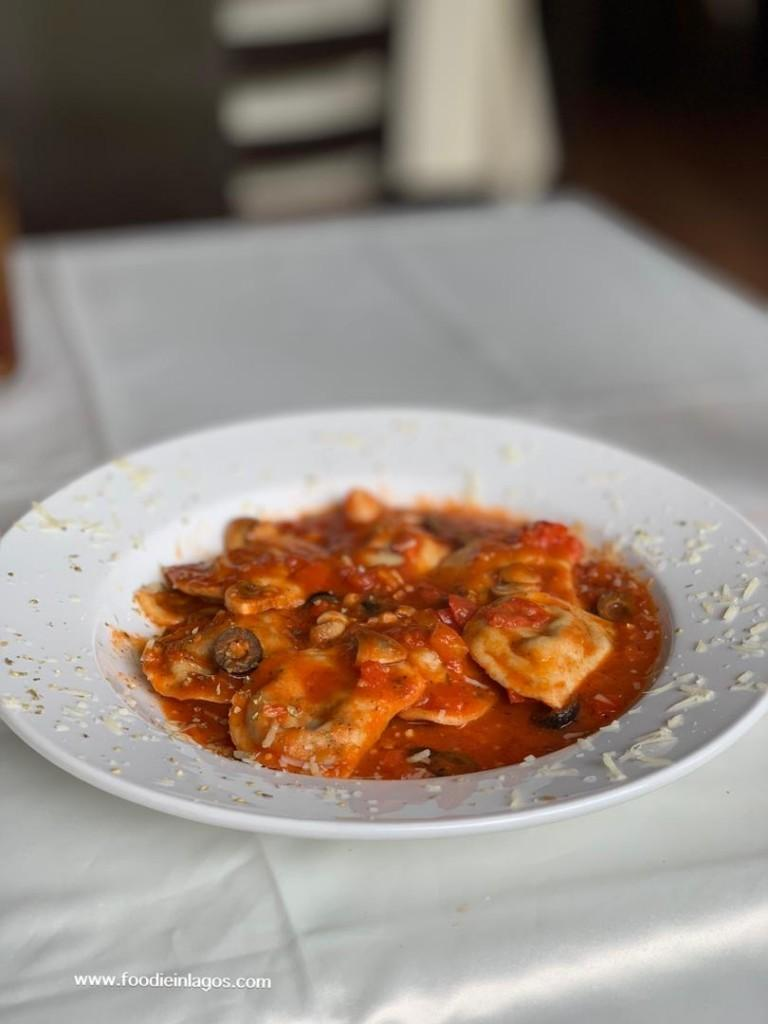 La+Taverna+Lagos (2)